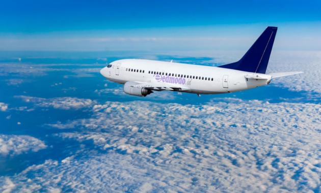 20 Arti Mimpi Naik Pesawat Terbang Bersama Keluarga Terbaru